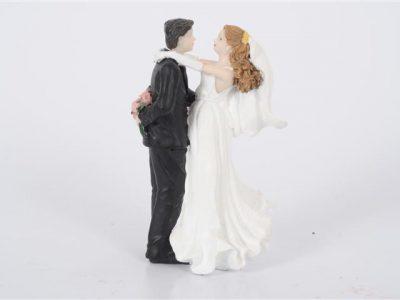 bruidspaar 6 omhelzing